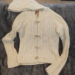 Aeropostale size large button up sweater creame